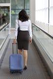 Déplacement de femme d'affaires Image libre de droits
