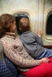 Déplacement de mère et d'enfant Photo stock