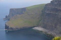 Déplacement par la belle Irlande au printemps de 2016 images stock