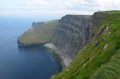 Déplacement par la belle Irlande au printemps de 2016 image stock