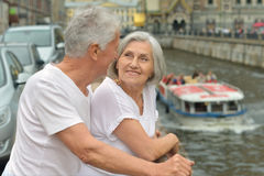 Déplacement supérieur de couples Images libres de droits