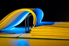Dépliant de fichier avec des documents et des documents Images libres de droits
