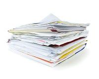 Dépliants avec des documents Photos stock