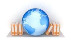 Dépliants de bureau et grand globe. Image libre de droits