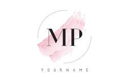 député britannique M P Watercolor Letter Logo Design avec le modèle circulaire de brosse Photos stock