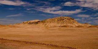 Désert avec les montagnes et le ciel bleu Ras Muhammad National Park, Sinai, Egypte photos libres de droits