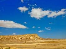 Désert d'Arava et ciel nuageux, Israël image stock
