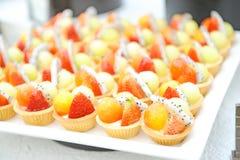 Désert de gâteau de fruit Photographie stock libre de droits