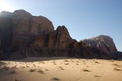 Désert de rhum de Wadi, Jordanie. photos stock