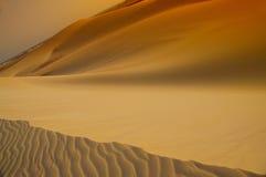 Désert silhouette des dunes Photographie stock libre de droits