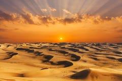 Déserts et paysage de dunes de sable au lever de soleil photos libres de droits