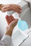 Désinfectez les mains Image stock