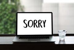 DÉSOLÉ pardonnez à échouer de regret oh là là ! le regret faux Apolo d'erreur de défaut photo libre de droits