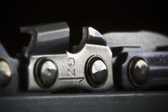 Détail à chaînes de tronçonneuse Photographie stock libre de droits