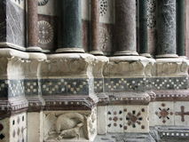 Détail architectural de l'entrée de la cathédrale de San Lorenzo à Gênes Image stock