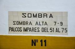 Détail au-dessus de la porte d'une arène en Espagne images stock