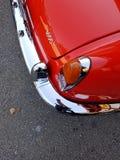 Détail classique d'un rouge ardent de quart d'arrière de roadster Photographie stock libre de droits