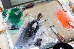 Détail créatif de studio de conception d'art des outils et de la couleur image stock