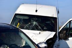 Détail d'accident de voiture avec le pare-brise cassé Photos stock