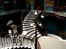 Détail d'escalier du musée de géologie de Mexico image libre de droits