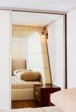 Détail d'intérieur moderne de chambre à coucher de type Photo stock
