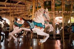 Détail d'un cheval de carrousel photographie stock