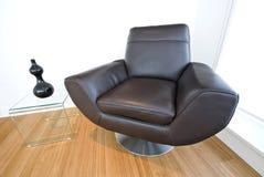Détail d'un fauteuil de cuir de créateur Photos libres de droits