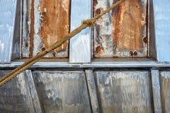 Détail d'un vieux bateau rouillé dans Urk, Pays-Bas photo stock