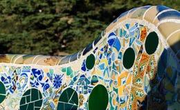 Détail de banc de Parc Guell image stock