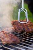 Détail de barbecue avec la tonne en métal Photo libre de droits