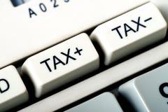 Détail de bouton d'impôts d'une calculatrice Image stock