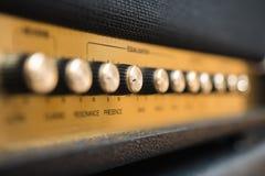 Détail de boutons d'amplificateur de concept de contrôle de présence Photos stock