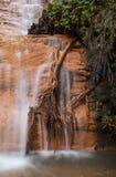 Détail de cascade en Californie photographie stock