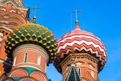Détail de cathédrale de basilic de St sur la place rouge photographie stock