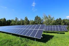 Détail de centrale solaire images stock