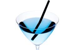 Détail de cocktail bleu avec la paille noire Photo libre de droits