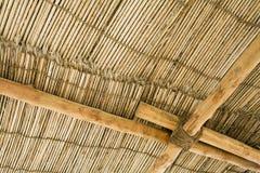Détail de Dubaï EAU d'un toit en bois de chaume au musée de Chambre d'héritage dans Deira. images libres de droits