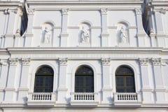 Détail de l'église blanche Photos libres de droits
