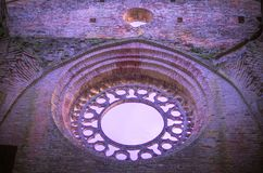 Détail de l'intérieur de l'abbaye de San Galgano, Toscane Photographie stock libre de droits