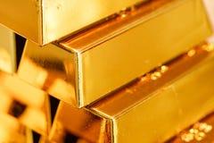 Détail de lingots d'or Photo stock