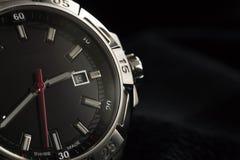 Détail de luxe de montre d'homme, haut étroit de chronographe photos libres de droits