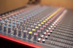 Détail de mélangeur de studio de musique Photos libres de droits