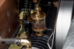 Détail de moteur de voiture Photos stock