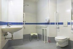 Détail de salle de bains pour les personnes handicapées Photos libres de droits