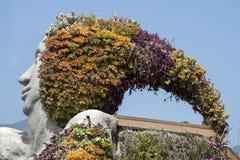 Détail de sculpture avec des fleurs en Santa ursula, Ténérife, spai photo libre de droits