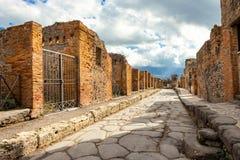 Détail de site de Pompeii La ville de a été détruite pendant une éruption du volcan le mont Vésuve images stock