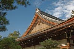 Détail de toit d'un temple bouddhiste japonais Photos libres de droits