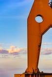 Détail de vieille grue sur le dock Photos libres de droits