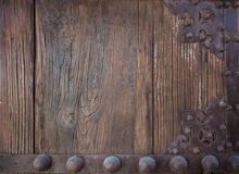 Détail de vieille planche en bois et de métal décoratif Photographie stock