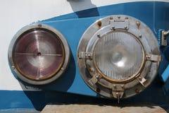 Détail de vieilles lampes ferroviaires images libres de droits